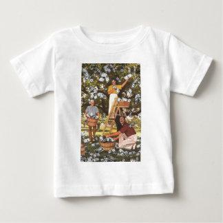 Niño de la camiseta del árbol del dinero playera