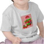 niño de la fresa camiseta
