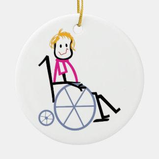 Niño de la silla de ruedas adorno navideño redondo de cerámica
