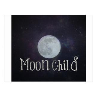 Niño de luna postal
