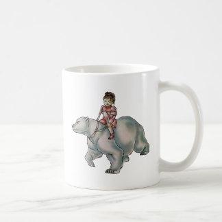 Niño del chica del dibujo animado que monta el taza clásica
