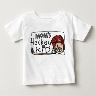 Niño del hockey de la mamá playera de bebé