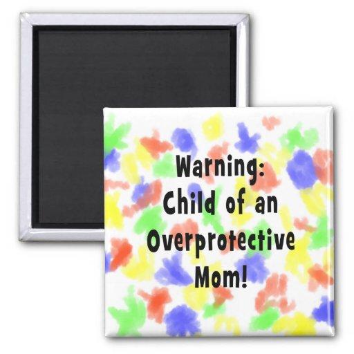 niño del negro sobreprotector de la mamá imanes para frigoríficos
