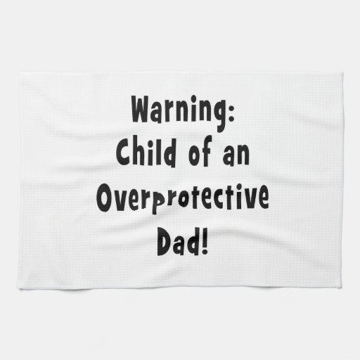 niño del negro sobreprotector del papá toalla de cocina