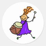 Niño del tambor pegatinas redondas