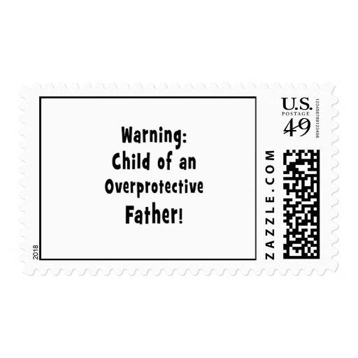 niño del texto sobreprotector del negro del padre sellos