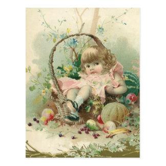 Niño del Victorian del vintage, cesta de fruta de Postal