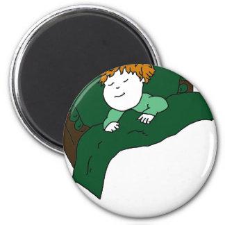 Niño durmiente en verde imán redondo 5 cm