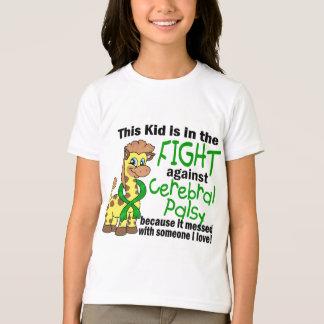 Niño en la lucha contra parálisis cerebral playera