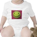 Niño feliz del tenis traje de bebé