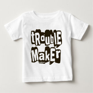 Niño gráfico de la camiseta de la camiseta poleras