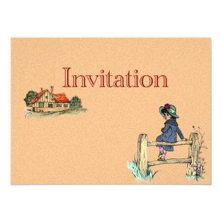 Niño joven en un impermeable invitación 13,9 x 19,0 cm