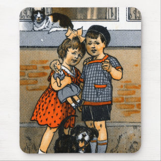 Niño pequeño y chica holandeses mouse pads