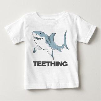 Niño T del tiburón de la dentición Playera De Bebé