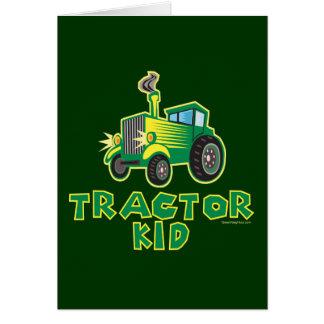 Niño verde del tractor tarjeta de felicitación