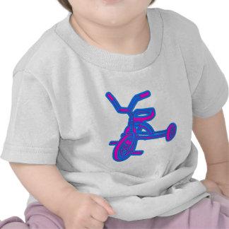 Niños abstractos del triciclo camisetas