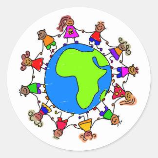 Niños africanos pegatina redonda