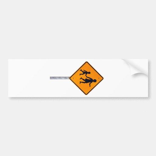 Niños amonestadores que cruzan - señal de tráfico  pegatina para auto