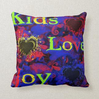 Niños, amor, alegría almohada