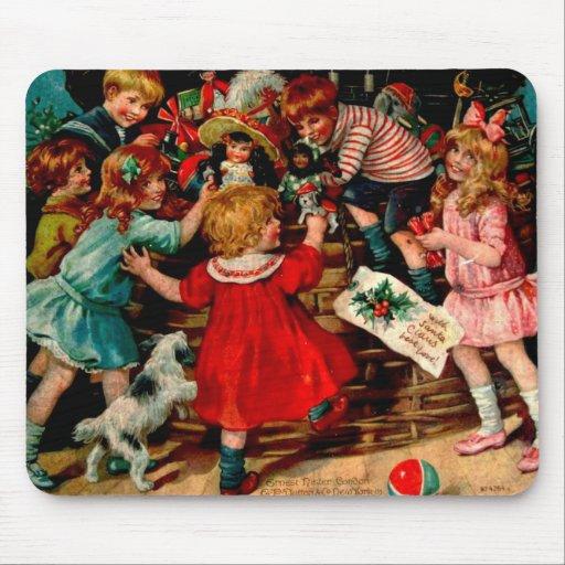 Niños clásicos de la escena del navidad del vintag alfombrillas de ratones