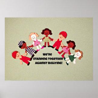 Niños contra tiranizar póster