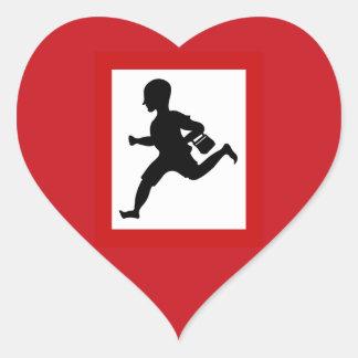 Niños corrientes del peligro, señal de tráfico, la pegatina en forma de corazón