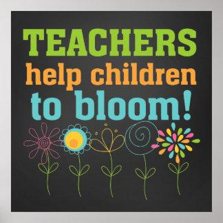 Niños de la ayuda de los profesores a florecer pos póster