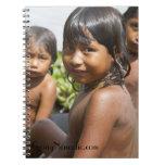 Niños de Warao del cuaderno de Venezuela