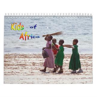 NIÑOS del calendario de pared de ÁFRICA 2013