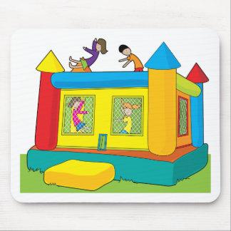 Niños del castillo de la despedida alfombrillas de ratón