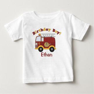 Niños del cumpleaños del coche de bomberos polera