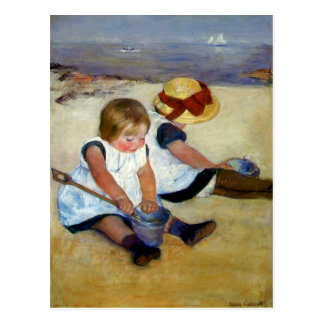 Niños del ` de Cassatt en la playa' Tarjeta Postal