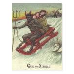Niños del secuestro de Krampus en trineo Tarjetas Postales