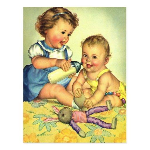 Niños del vintage, botella feliz linda de la tarjeta postal