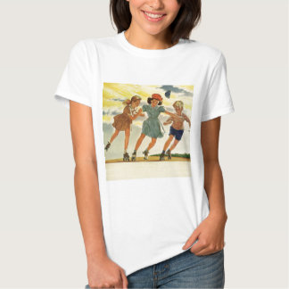 Niños del vintage, patinaje sobre ruedas de la playera