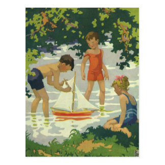Niños del vintage que juegan la charca del verano postal