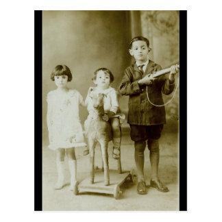 Niños del vintage postal