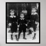 Niños en pequeño señor Fauntleroy Suits 1914 Poster