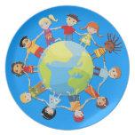 Niños en todo el mundo para la paz y la unidad plato para fiesta