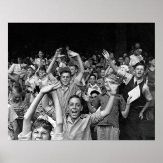 Niños en un juego de pelota, 1942 póster