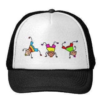 Niños enrrollados gorras de camionero