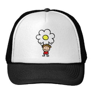 niños felices que celebran el ejemplo del dibujo a gorra