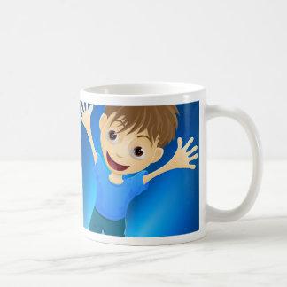 Niños felices que saltan para la alegría taza de café