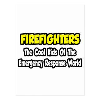 Niños frescos de los bomberos… del mundo de la eme tarjeta postal