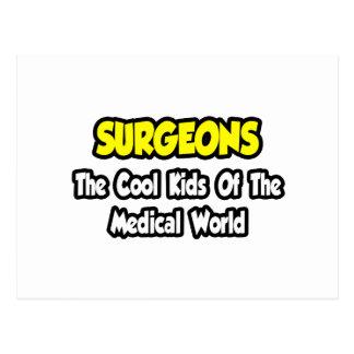 Niños frescos de los cirujanos… del mundo médico postales