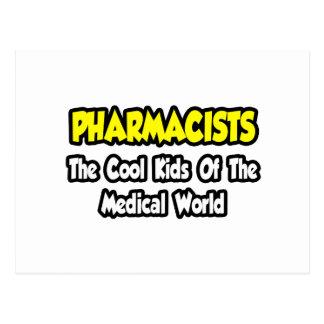 Niños frescos de los farmacéuticos… del mundo tarjeta postal