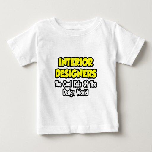 Niños frescos de los interioristas… del mundo del camisetas