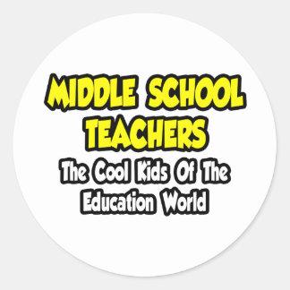 Niños frescos de los profesores de escuela etiquetas redondas