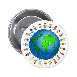 Niños globales pin redondo de 2 pulgadas