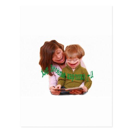 Niños graciosamente tarjetas postales